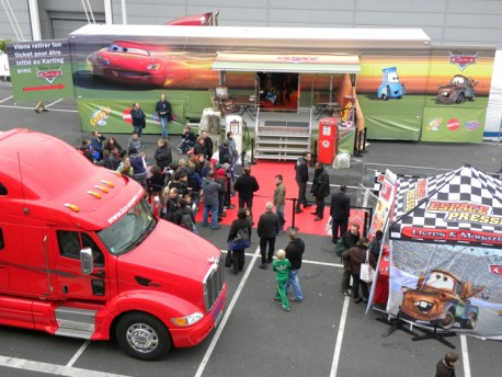 road show b to C paris camion